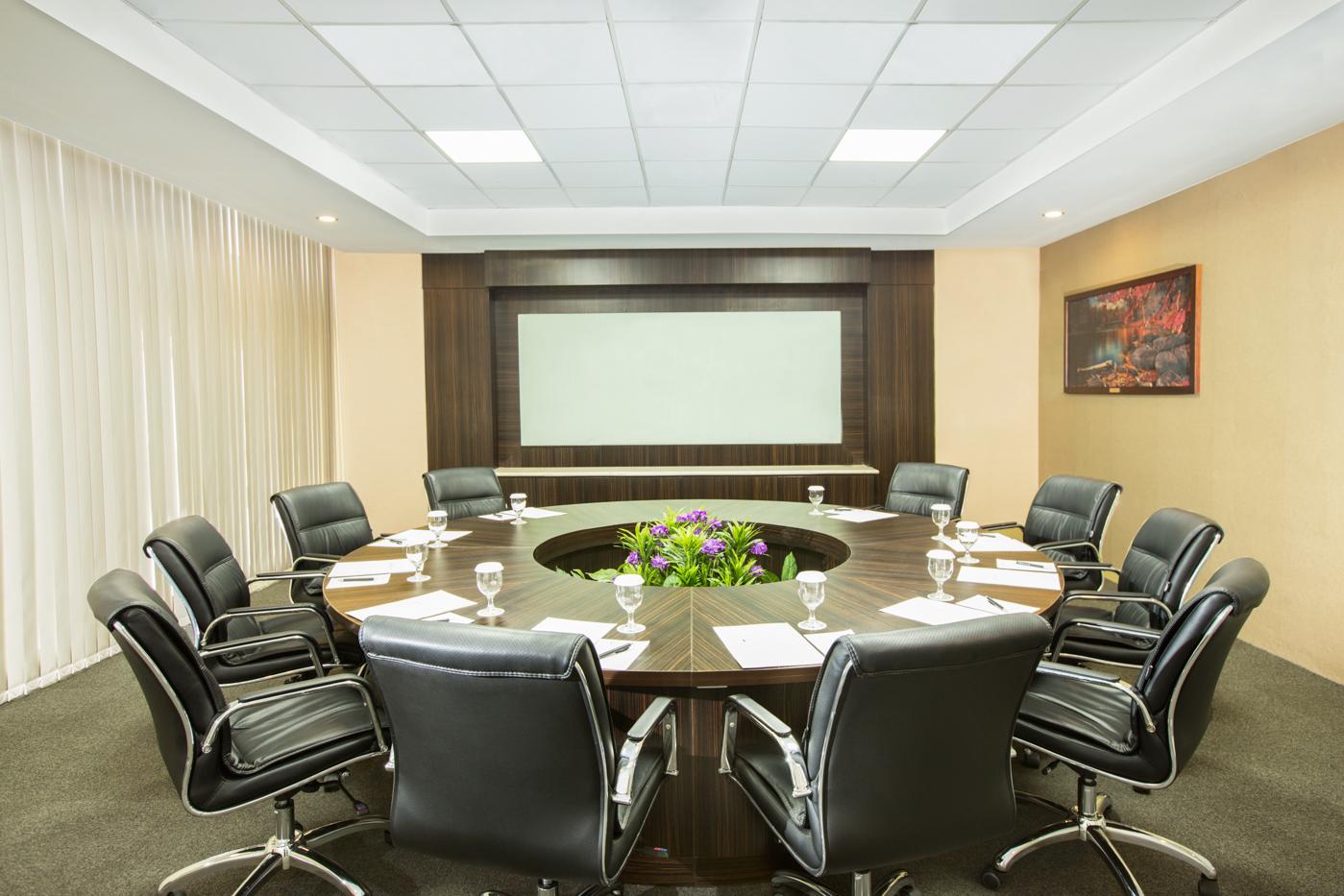 Bejana Boardroom