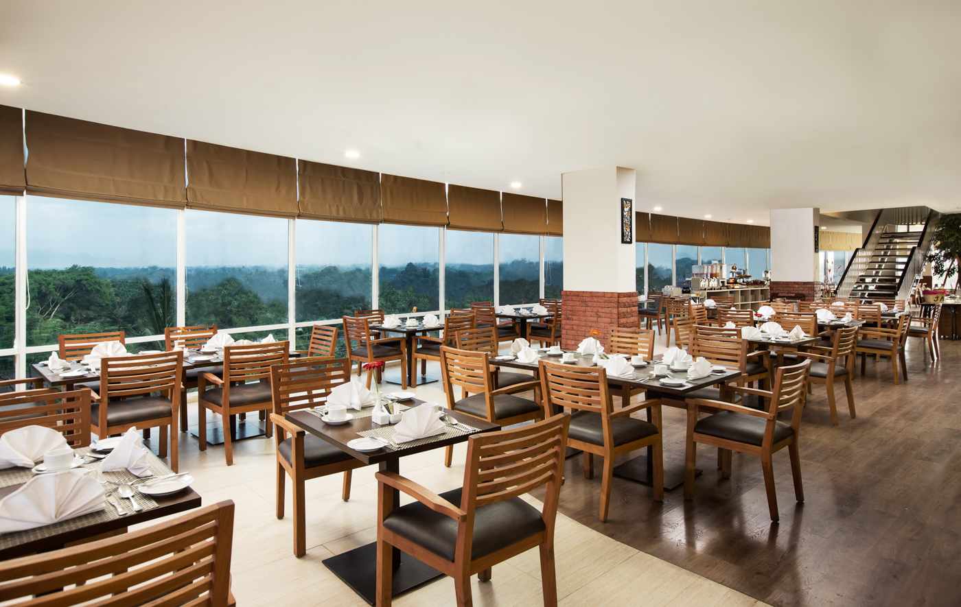 Gandhiva Restaurant (1)