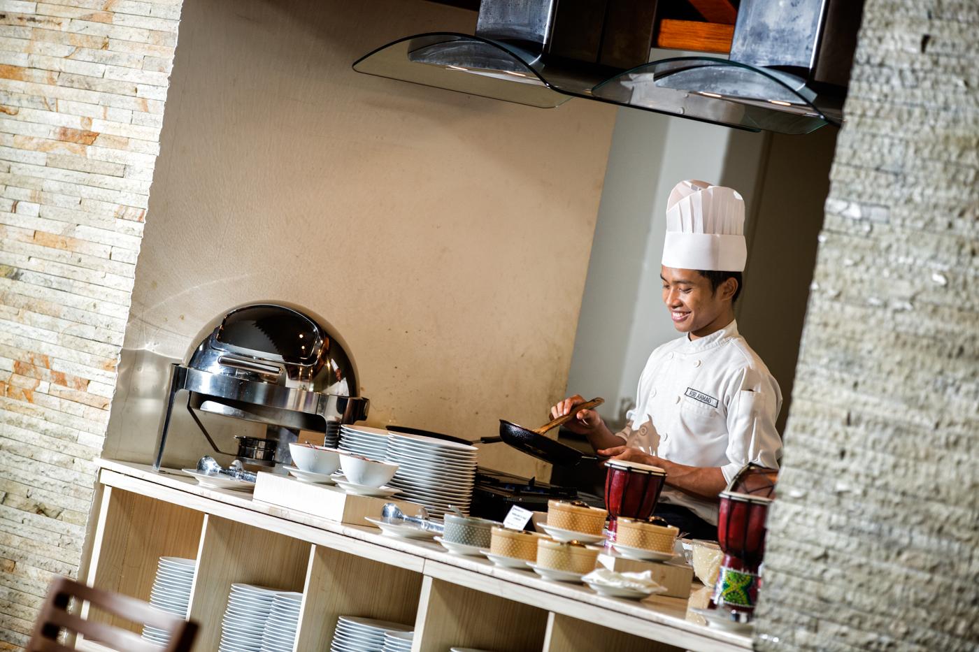 Gandhiva Restaurant (10)