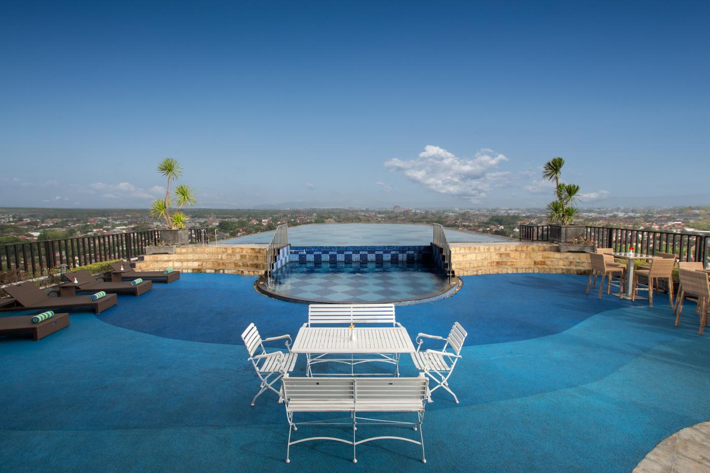 Nirvana Sky Pool