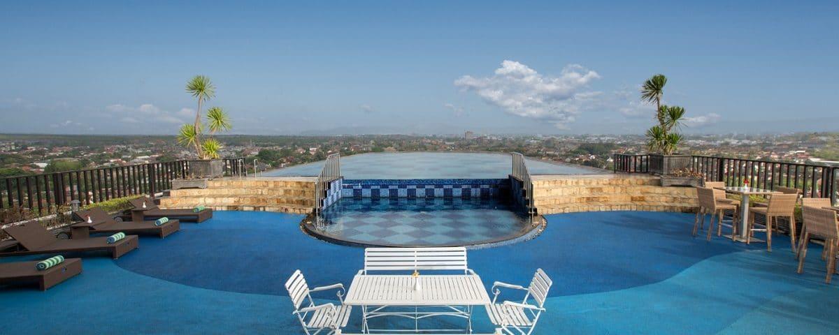 Nirvana Pool and Lounge